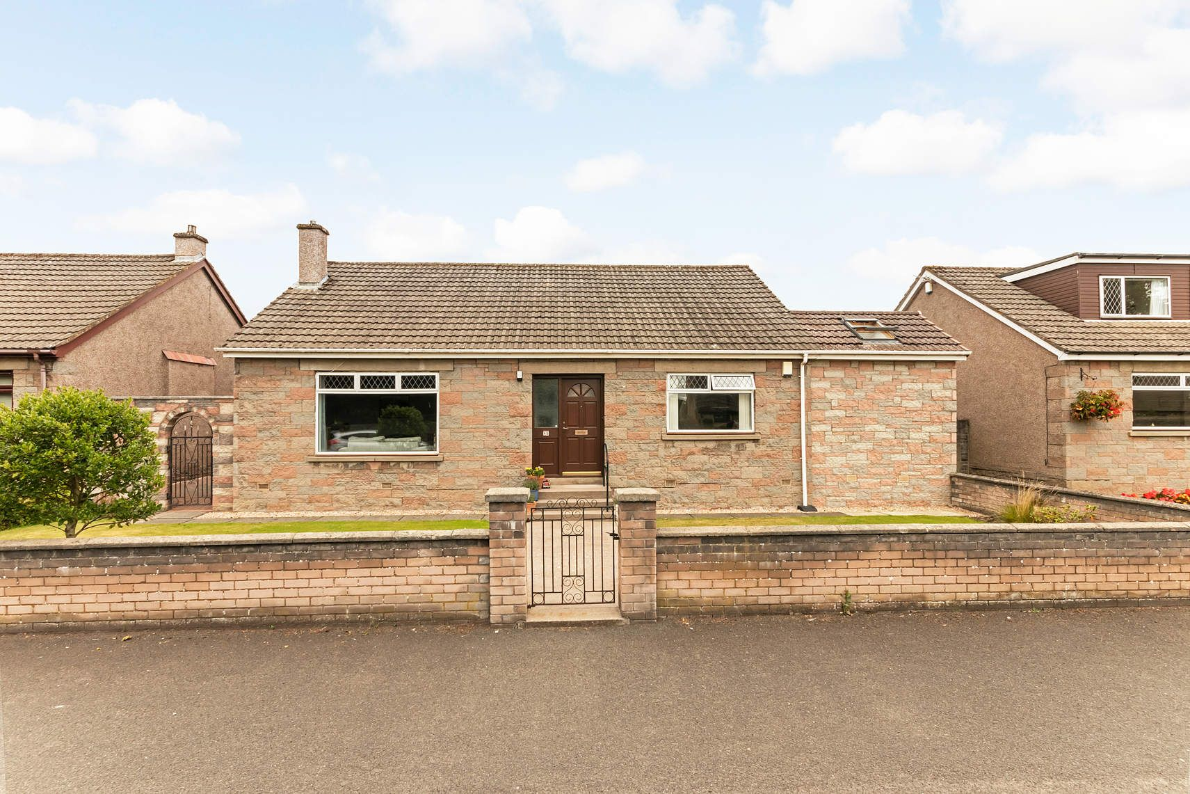 8b Cairneyhill Road, Crossford, DUNFERMLINE, KY12 8NZ